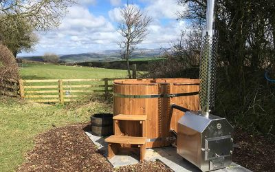 NEW for Spring 2018 – fresh water log fired hot tubs !